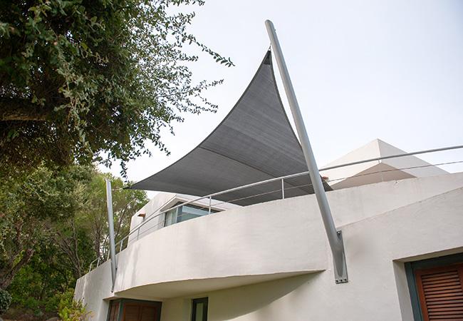 Voile anti solaire balcon